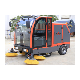 Battery Operated Hydraulic Road Sweeper