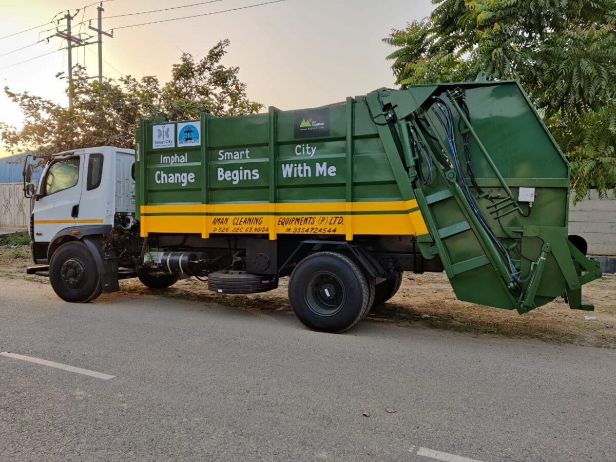 Refuse Compactor Vehicle Mounted on 16 Ton GVW Truck